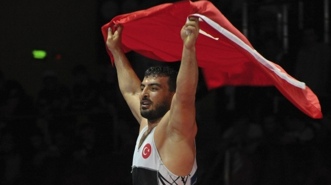 Serdar Böke bronz madalya kazandı