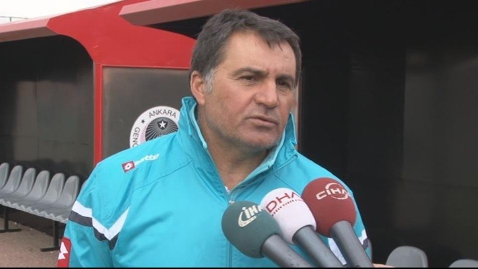 Mustafa Kaplan'dan Ümit Özat açıklaması: Bana yönelttiği hiçbir suçlama gerçek değildir!