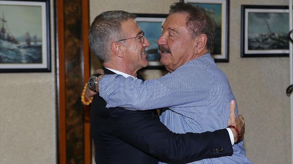 Ağaoğlu'ndan, onursal başkan Yılmaz'a ziyaret: 'Ne gerekiyorsa...'