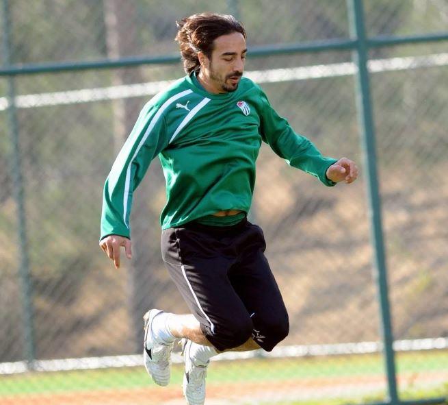 """""""Bursaspor ile zirve diyebileceğim bir başarıya ulaştım, unutulmaz"""""""
