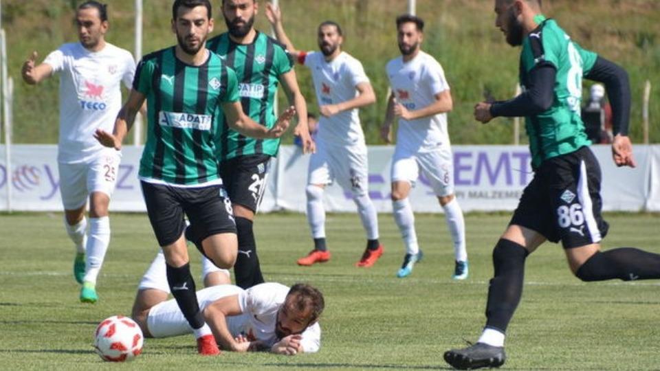 Sakaryaspor, Batuhan Karadeniz ile yarı finali kaptı!