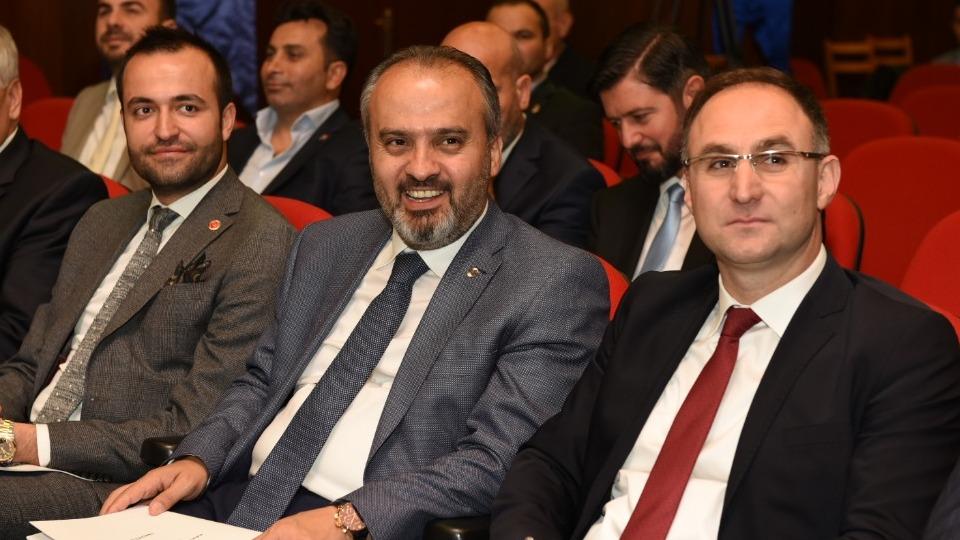 Bursa'da Alinur Aktaş güven tazeledi
