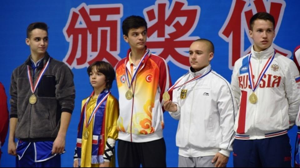 Mustafa Bedirhan Çapoğlu ve Alimirza Can Şişman, altın madalya kazandı.
