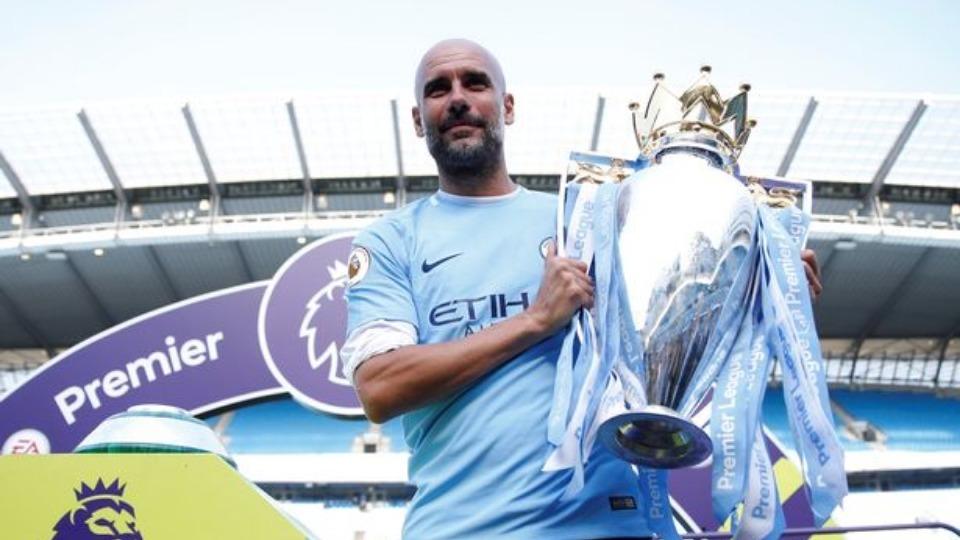 Guardiola Manchester City ile sözleşme yeniledi! Rekor ücret...