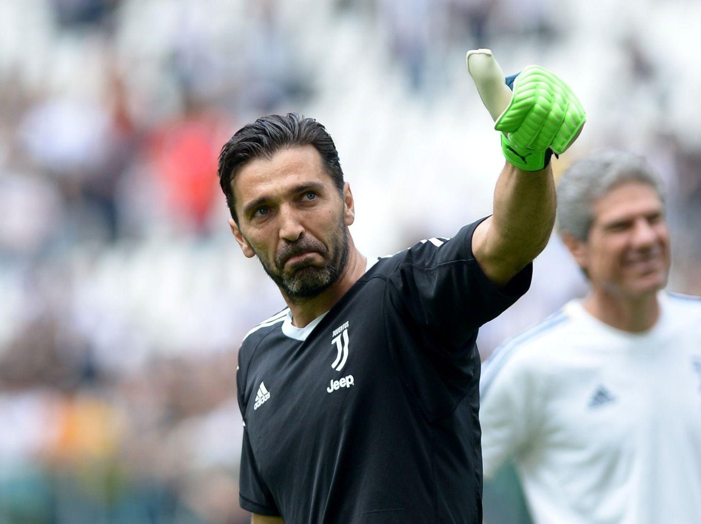 Buffon yeniden İtalya'da!