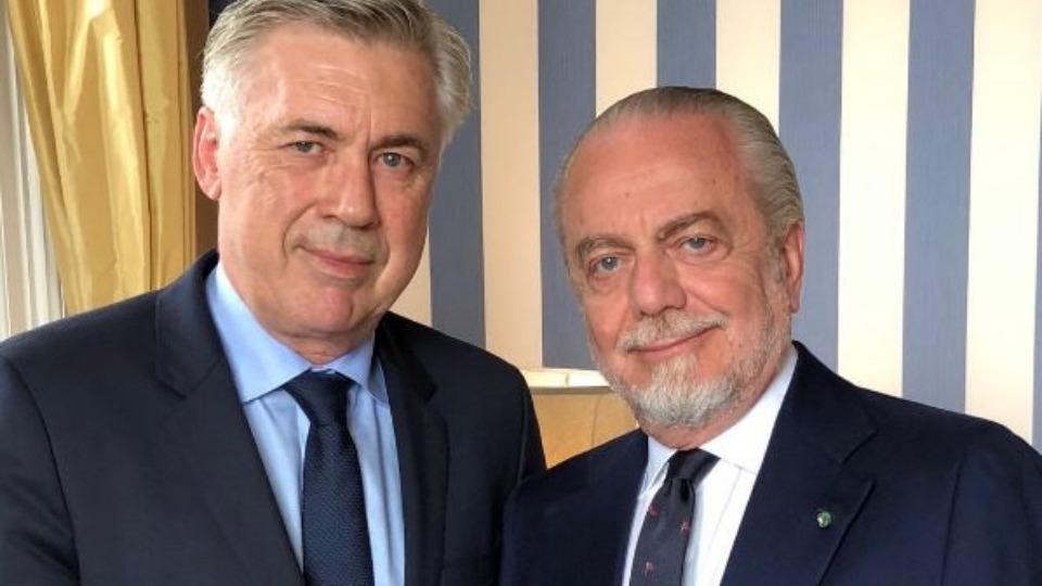 Napoli Carlo Ancelotti'ye emanet