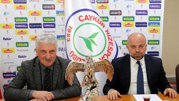 """""""Rizespor'un her anlamda adından söz ettirmesi için çalışıyoruz"""""""