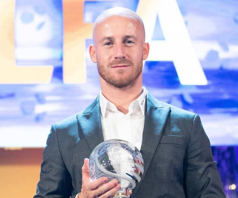 Fenerbahçeli eski futbolcu Miroslav Stoch'a büyük ödül