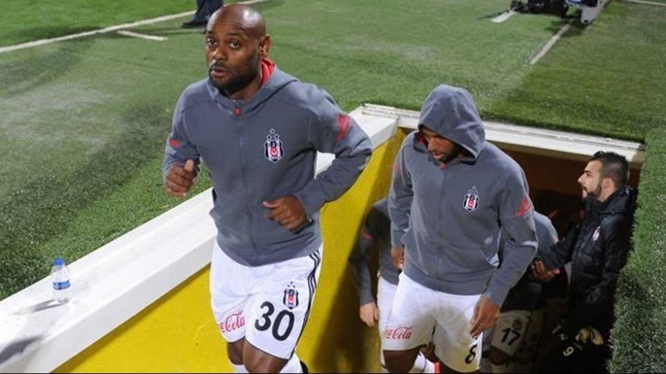 Beşiktaş'tan Love ve Negredo'ya: Kendinize kulüp bulun!