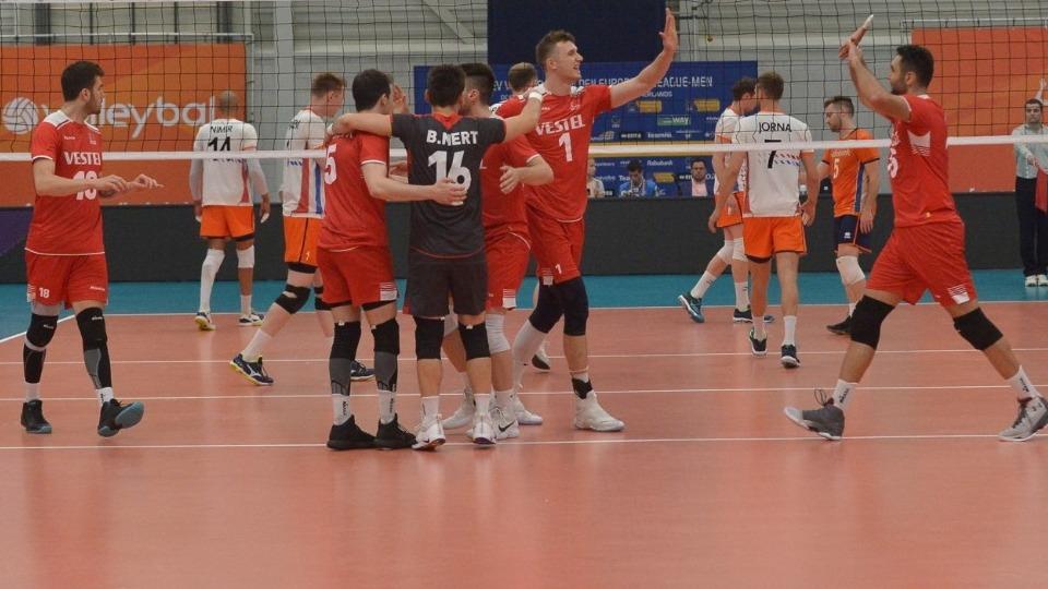 Milli takım ilk yenilgisini Hollanda'dan aldı!