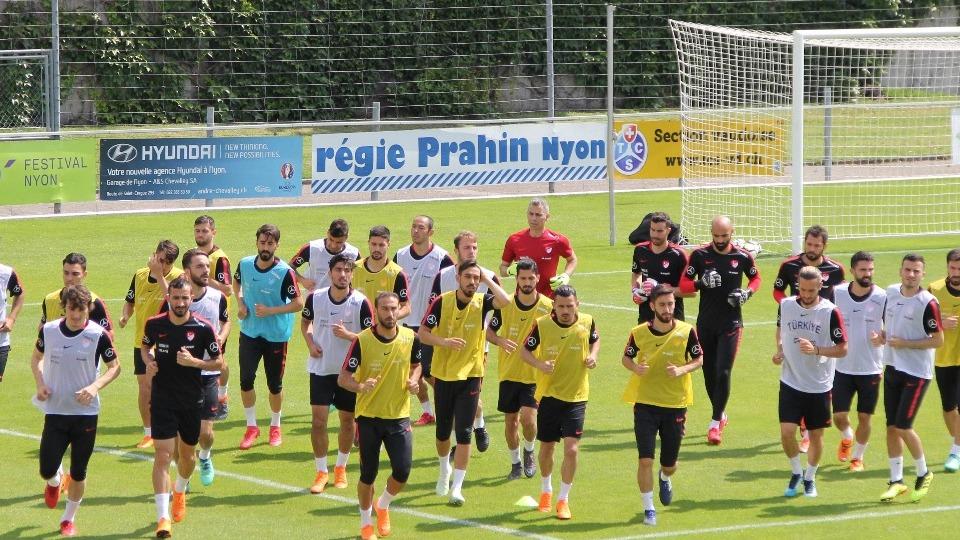 A Milli Futbol Takımı'nda Rusya maçı hazırlıkları sürüyor