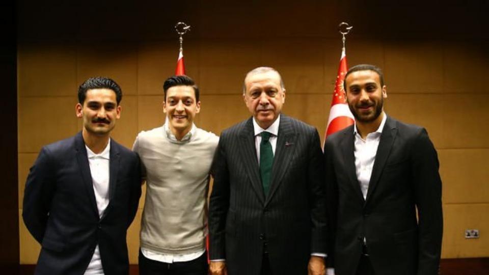 Müller'den Mesut Özil ve İlkay Gündoğan açıklaması