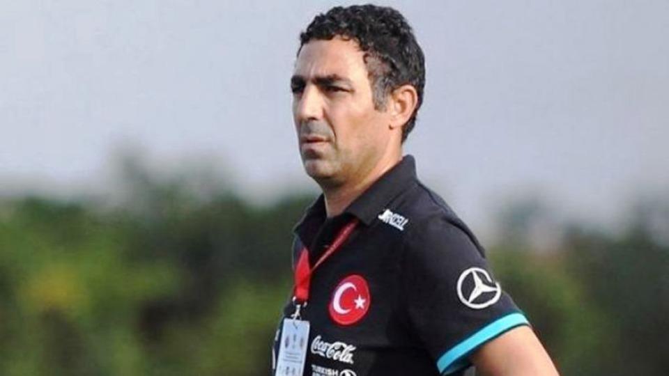 İlk aday Mustafa Özer