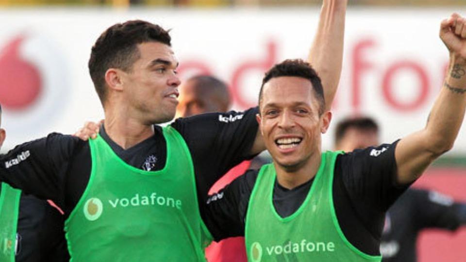 Şenol Güneş'in vazgeçilmezleri, Adriano ve Pepe
