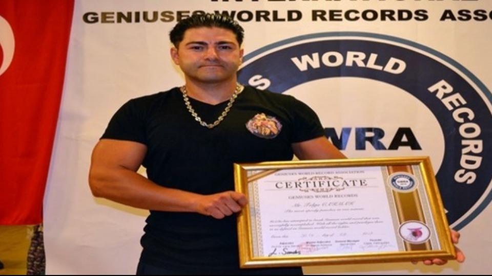 Tolga Çakmak halterde dünya rekoru kırdı