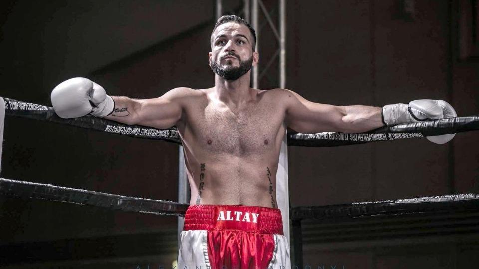 Türk boksör Altay, Karlsruhe'de ringe çıkacak