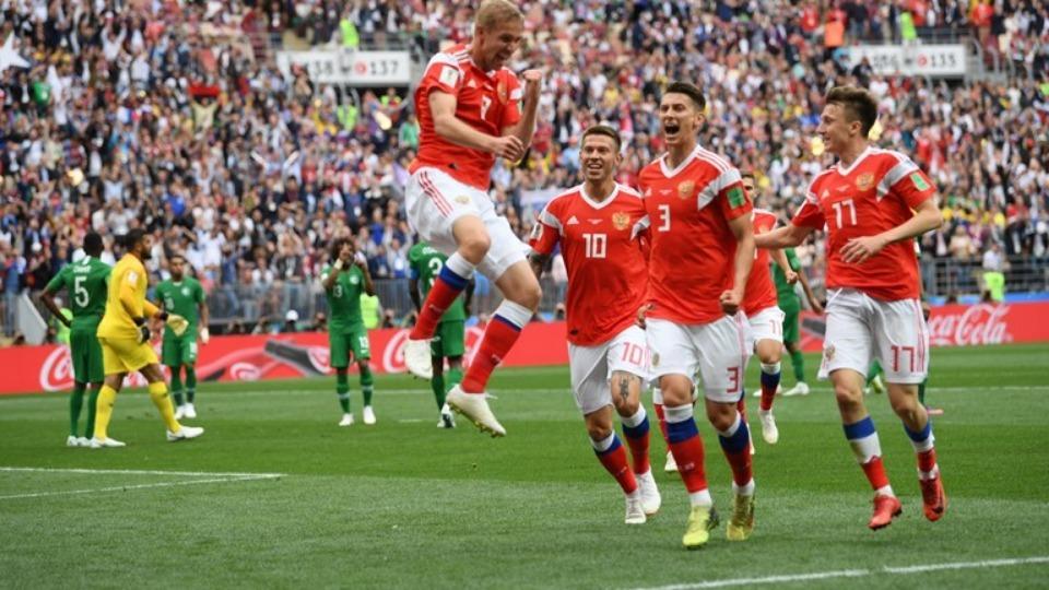 Suudi Arabistan'ın Dünya Kupası'nda müzmin hastalığı! Kafa golleri..