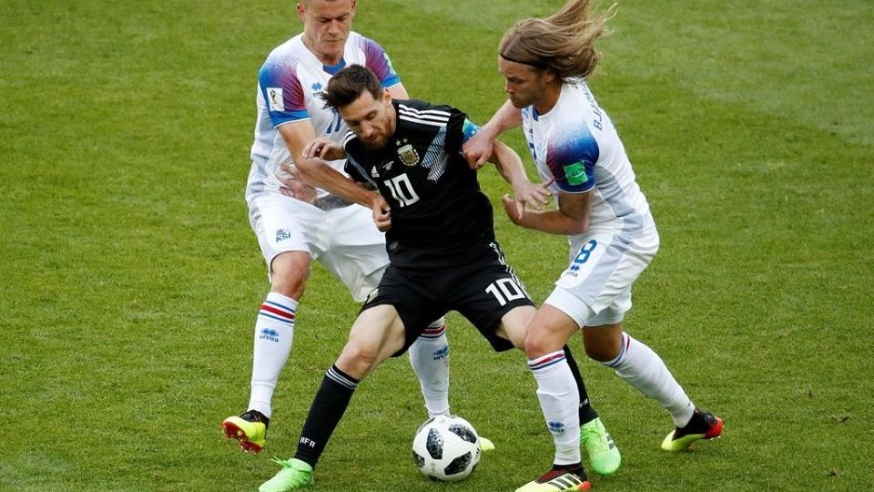 Arjantin puan kaybıyla başladı! İzlanda'dan büyük sürpriz...