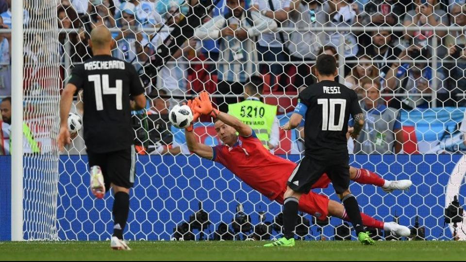 Messi 25. kez penaltı kaçırdı! Ronaldo kıyası...