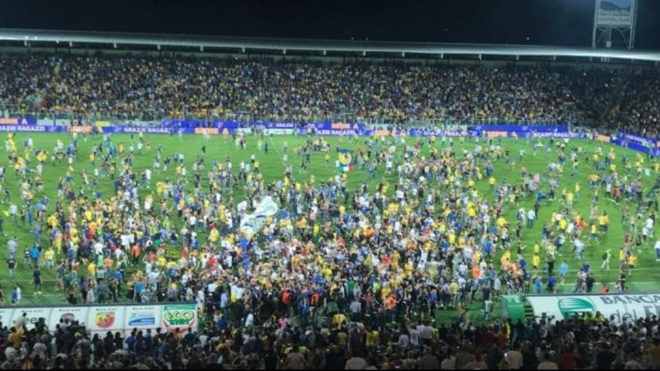 Frosinone 4 yıl sonra Serie A'da!