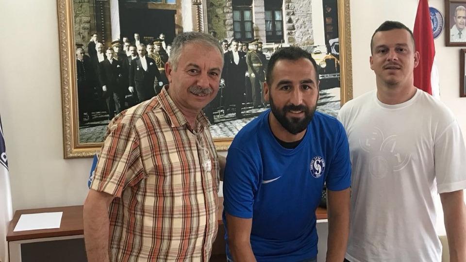 Sarıyer, Hüseyin Bak'la 1 yıllık sözleşme imzaladı