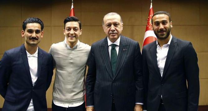 Mesut Özil'in kararı üzerine