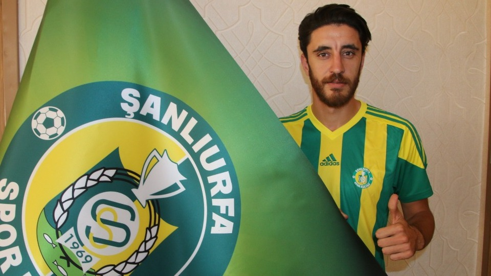 Mehmet Taşçı Şanlıurfaspor'a yeniden imzayı attı