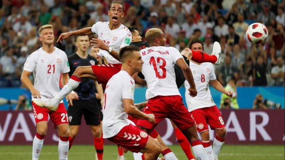 Danimarka futbolu krizde! Futbolcular kampı terk etti...