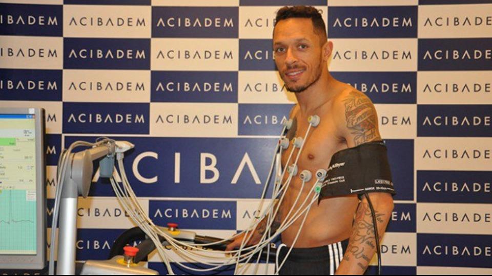 Adriano sağlık kontrolünden geçirildi