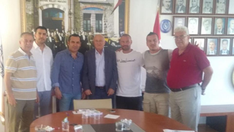 Sarıyer, Serkan Balcı ile sözleşme yenilediğini açıkladı