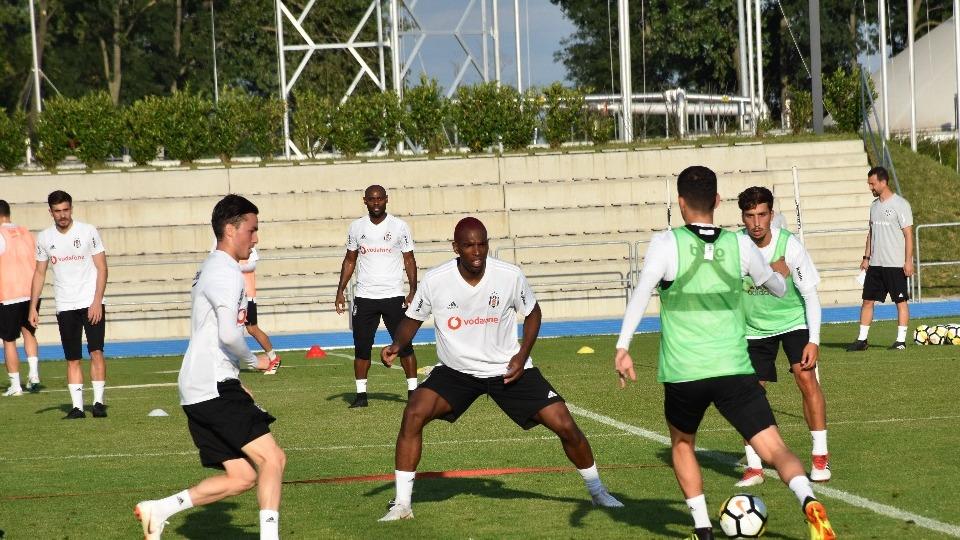 Beşiktaş'ın Slovakya kampı devam ediyor