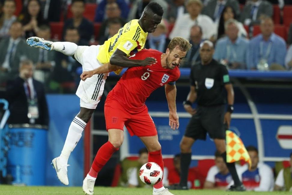 İngiltere penaltılarla güldü, İsveç'in rakibi oldu!