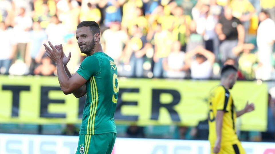 Fenerbahçe hazırlık maçına 6 eksikle çıktı