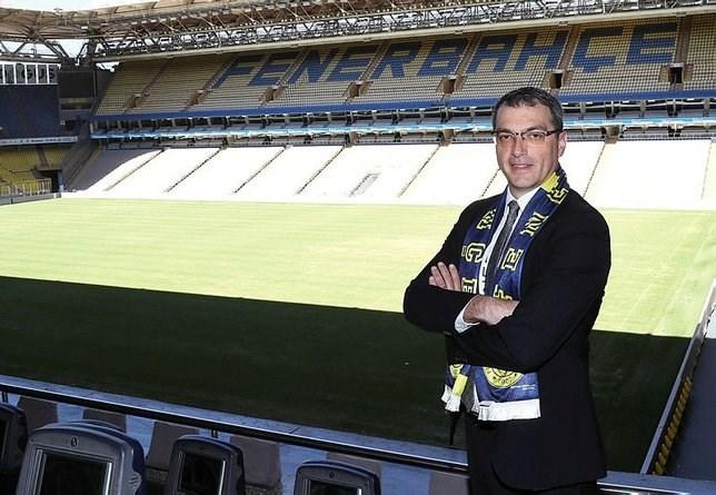 Damien Comolli, transfer için Ada yolcusu!