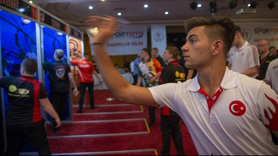 Avrupa Gençler Dart Şampiyonası Ankara'da başladı