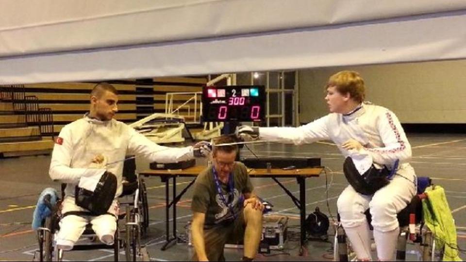 Tekerlekli Sandalye Dünya Eskrim Şampiyonası'nda gümüş ve bronz madalya