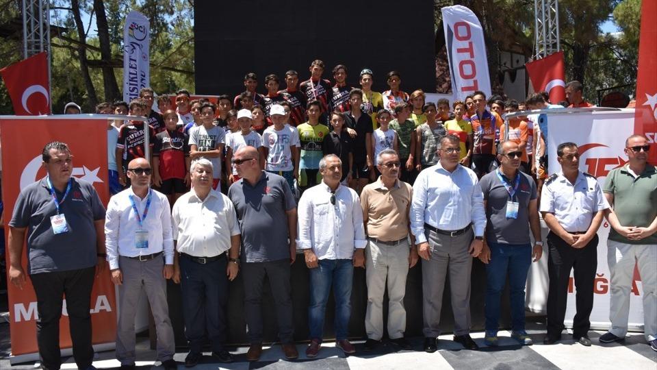 15 Temmuz Şehitlerini Anma Ulusal Bisiklet Yol Yarışı düzenlendi!