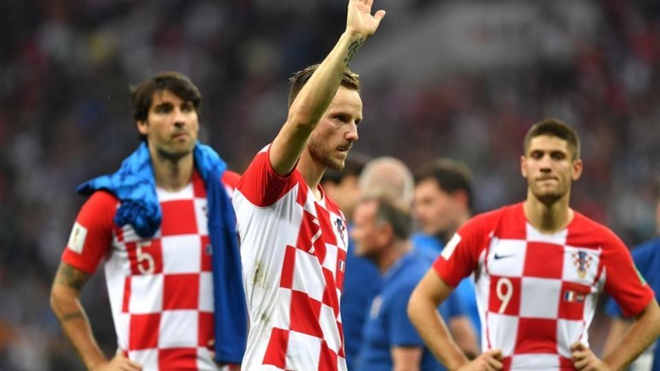 Ivan Rakitic: Fransa'yı tebrik ediyorum hak ettiler. Hakemi de tebrik etmek isterdim ama...