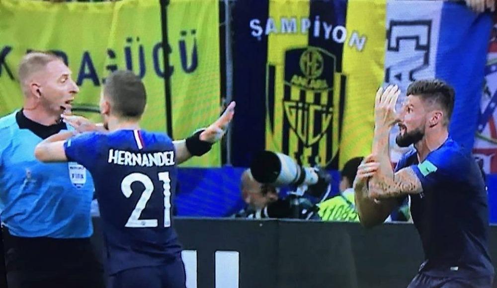 İşte Dünya Kupası finalindeki Ankaragücü bayrağının hikayesi!