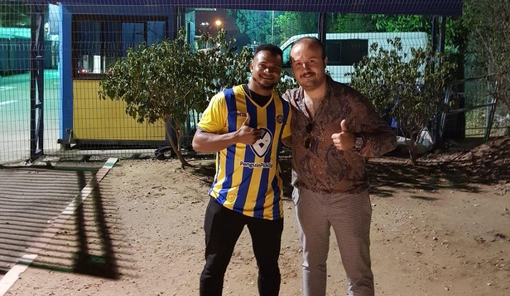Ofoedu'nun yeni adresi Maccabi Tel Aviv!