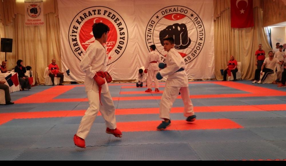 Uluslararası Dekai-do Karate Turnuvası Denizli'de başladı