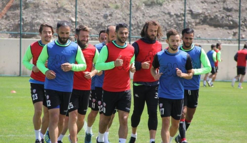 Karabükspor ilk maçında 3 puan istiyor