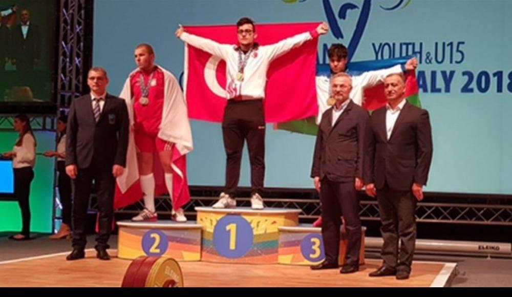 Bakan Kasapoğlu'ndan Onur Demirci'ye tebrik...