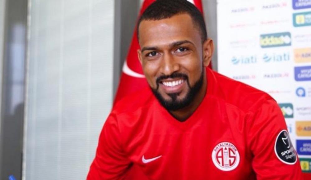 Antalyaspor'dan Trabzonspor'a transfer
