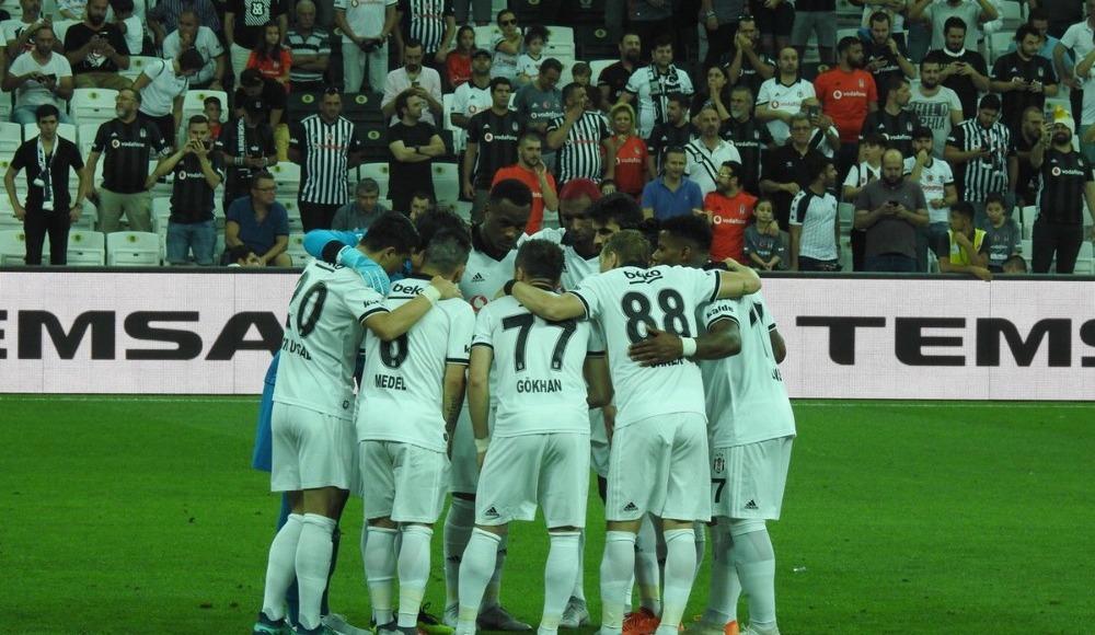 Beşiktaş, 74 gün sonra taraftarlarının önüne çıktı