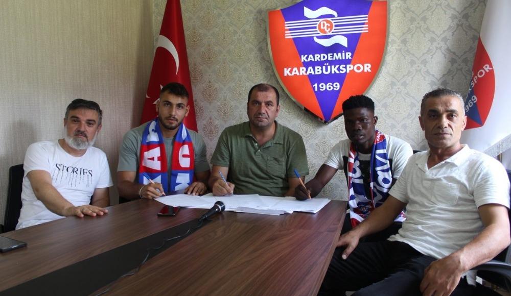 Karabükspor, Francis Narh ve Taşkın İlter ile sözleşme imzaladı