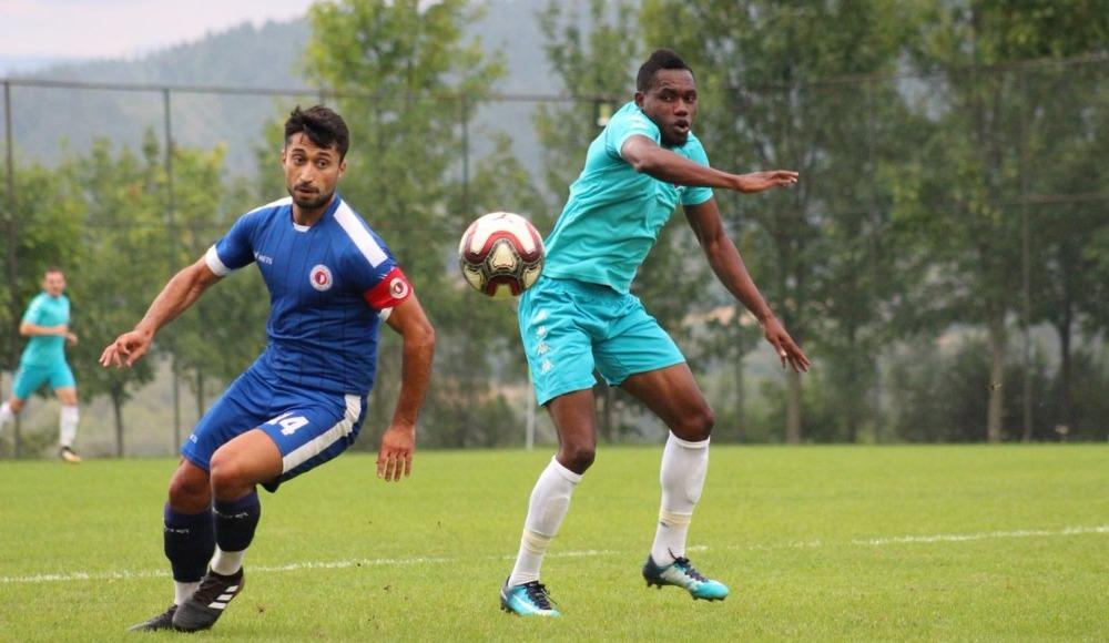 Karabükspor, Fethiyespor'u 5-0 mağlup etti