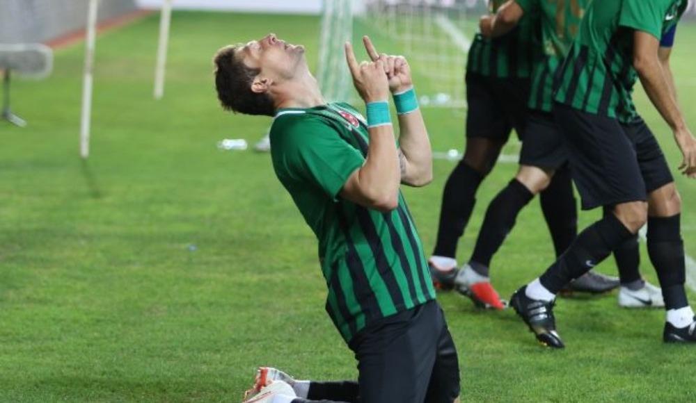 TFF Süper Kupa'nın en değerli oyuncusu Yevgen Seleznov seçildi