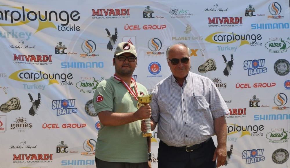 Esbalder ilk sportif balık yakalama yarışmasını gerçekleştirdi