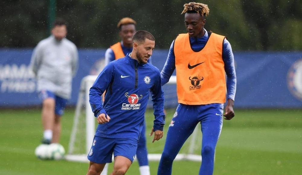Hazard Chelsea'den ayrılacak mı? Sarri açıkladı!